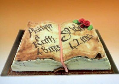 gâteau d'anniversaire livre